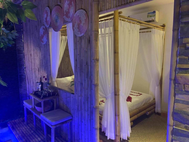 Thi công trang trí tre cho khu nghỉ dưỡng dành cho các cặp đôi hưởng tuần trăng mật