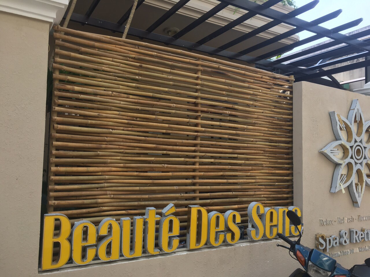 Ốp vách tre trúc nghệ thuật cho các chuỗi Spa ở quận 7