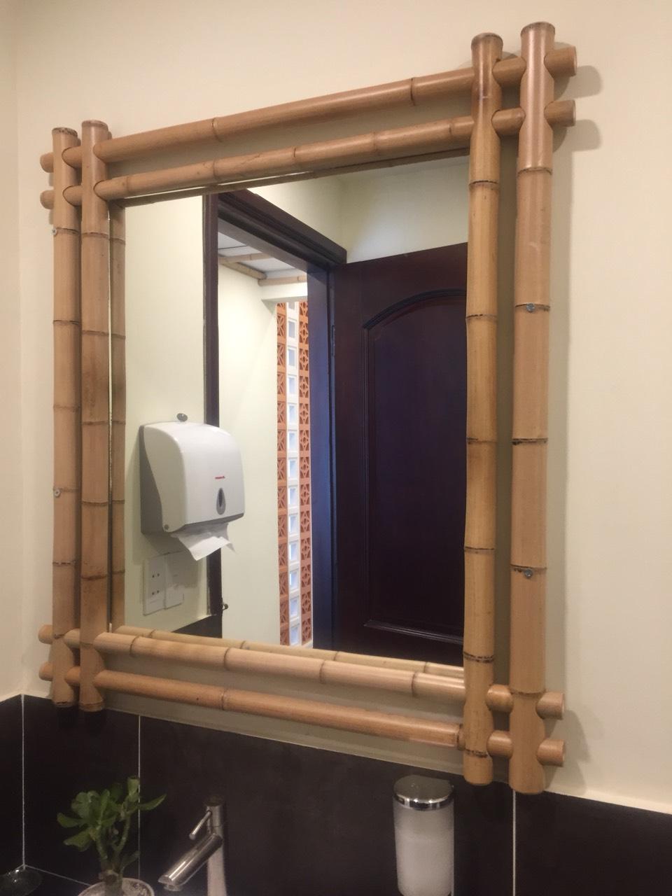 Ốp khung gương trang trí tre trúc cho khách sạn, homestay, khu nghỉ dưỡng