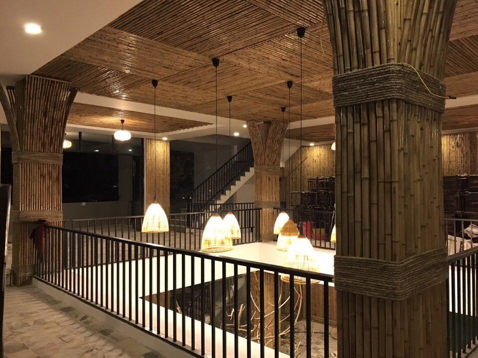 Thi công trần tre trúc mang tính thẩm mỹ cao, tạo điểm nhấn độc đáo cho căn nhà của bạn.