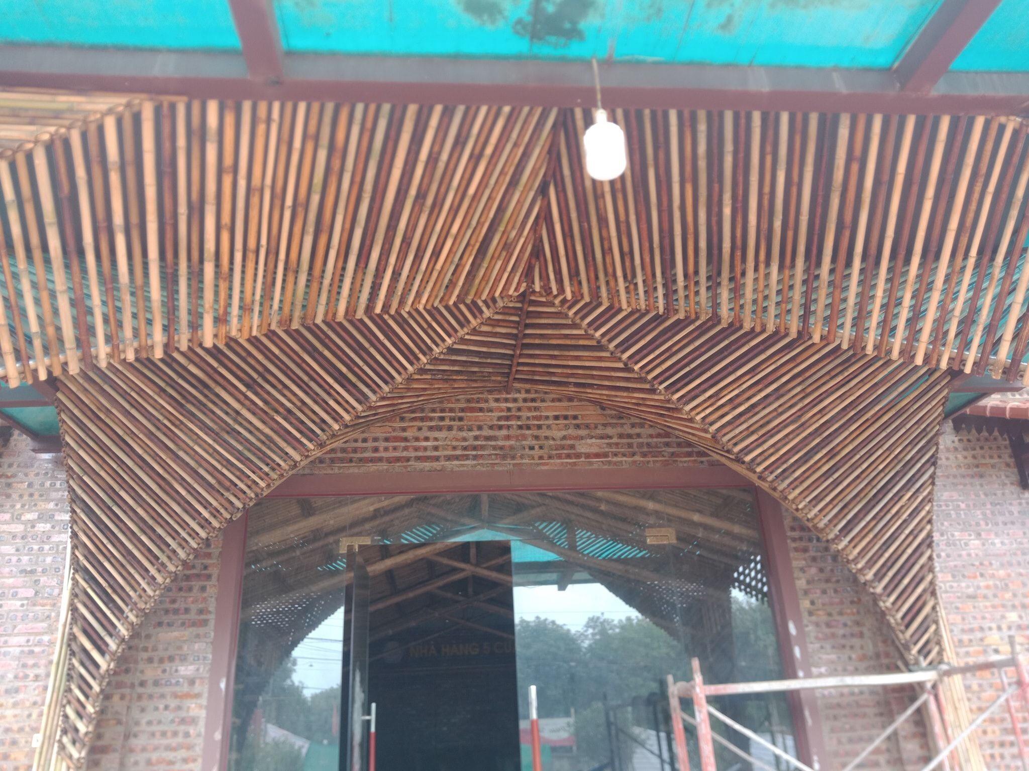 Tầm vông dùng cho trang trí các công trình lớn tại Sài Gòn