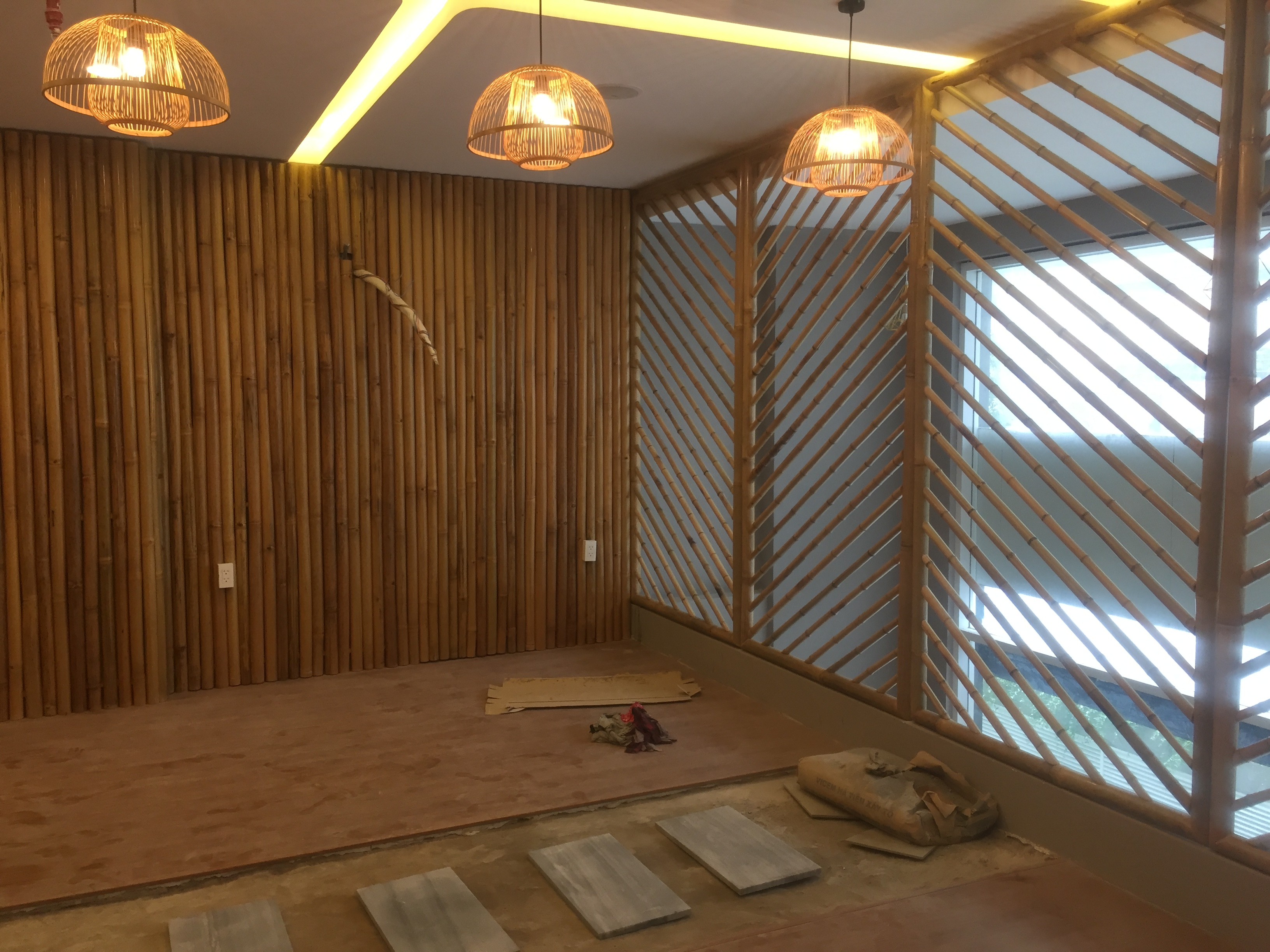Thiết kế văn phòng làm việc bằng nguyên liệu tre trúc