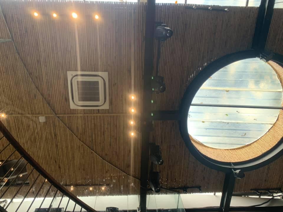 Ốp trần tre trúc cho quán cà phê Amazing